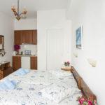 villa klery naoussa paros τρίκλινο δωμάτιο